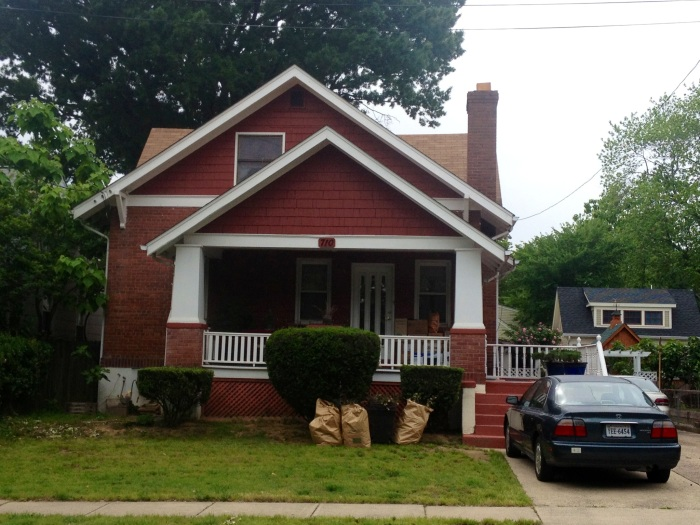 An example of a detached single family home in residential Clarendon.