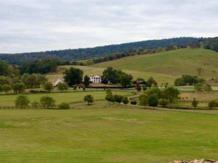Lovely Bucolic Farm scene on the way to Paris, Virginia.