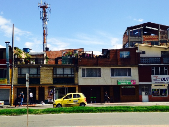 These last two pics are from the Bosque Popular neighborhood, where the Botanical Gardens are. In Bogota, the term Barrio Populare refers to lower strato neighborhoods and are generally strato 3 or lower.