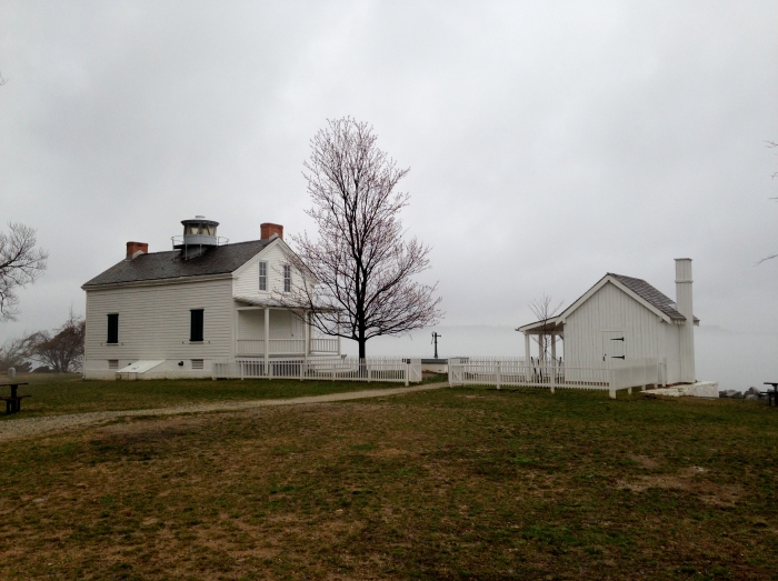 Potomac 13 Jones Point Lighthouse