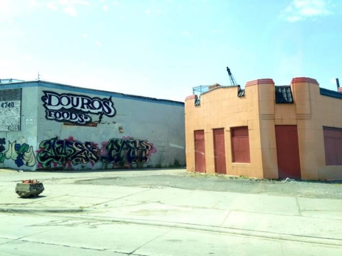 Decay Graffiti 2
