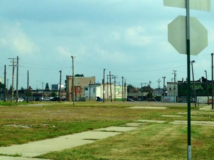Decay neighborhood
